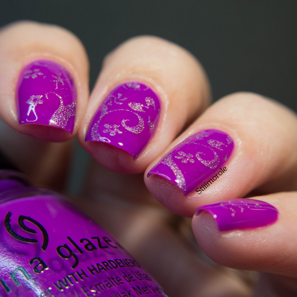 1-China Glaze - Violet vibes 6
