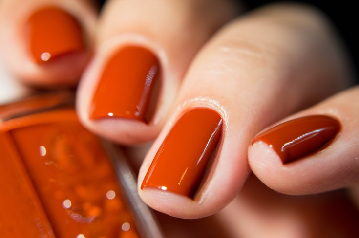 Automn 2016 essie - playing koi-3306
